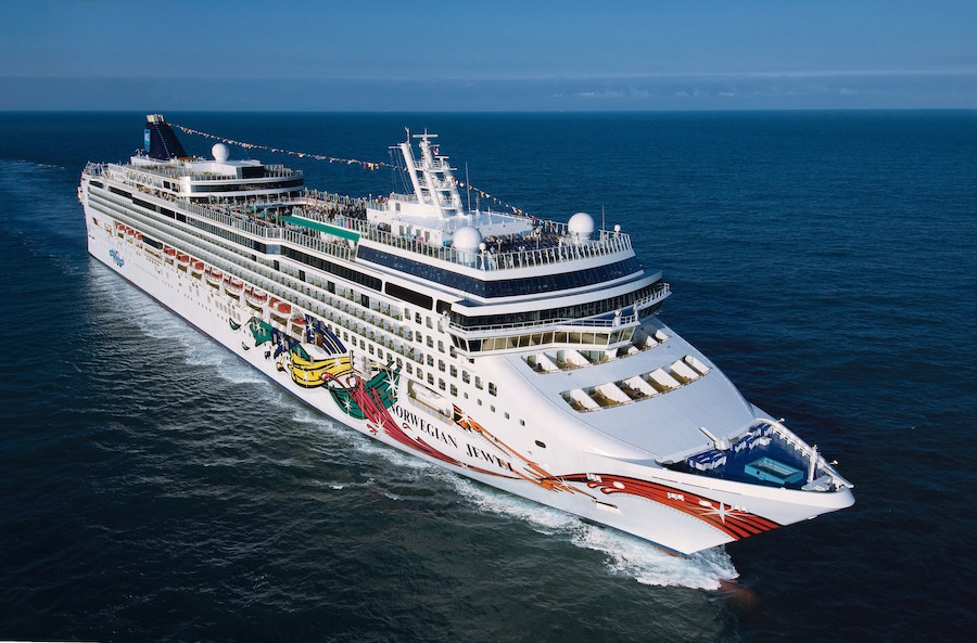 Jewel to bring you live reports from Houston's newest cruise ship